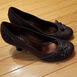 NWOT vintage style heels